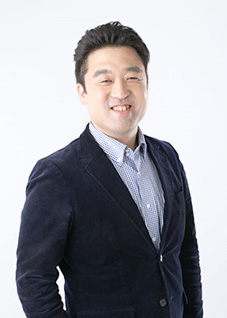 代表取締役 吉岡嘉平治